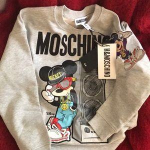 Moschino sweat shirt